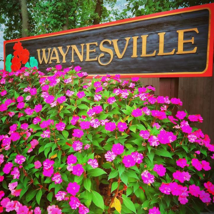 Downtown Waynesville. Image by Laura Huffman for Pulaski County Tourism Bureau. used with permission.